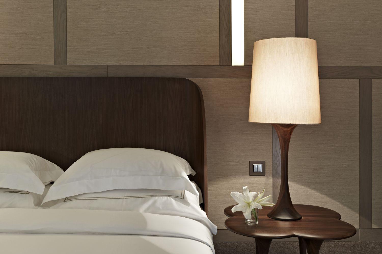 Galer a de im genes decoraci n de dormitorios - Lamparas para dormitorios de matrimonio ...