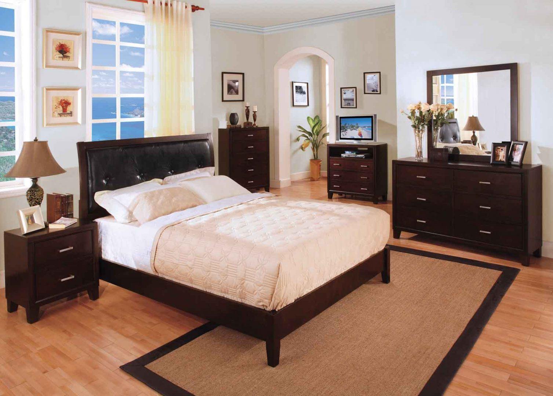 Muebles para un dormitorio de matrimonio :: Imágenes y fotos