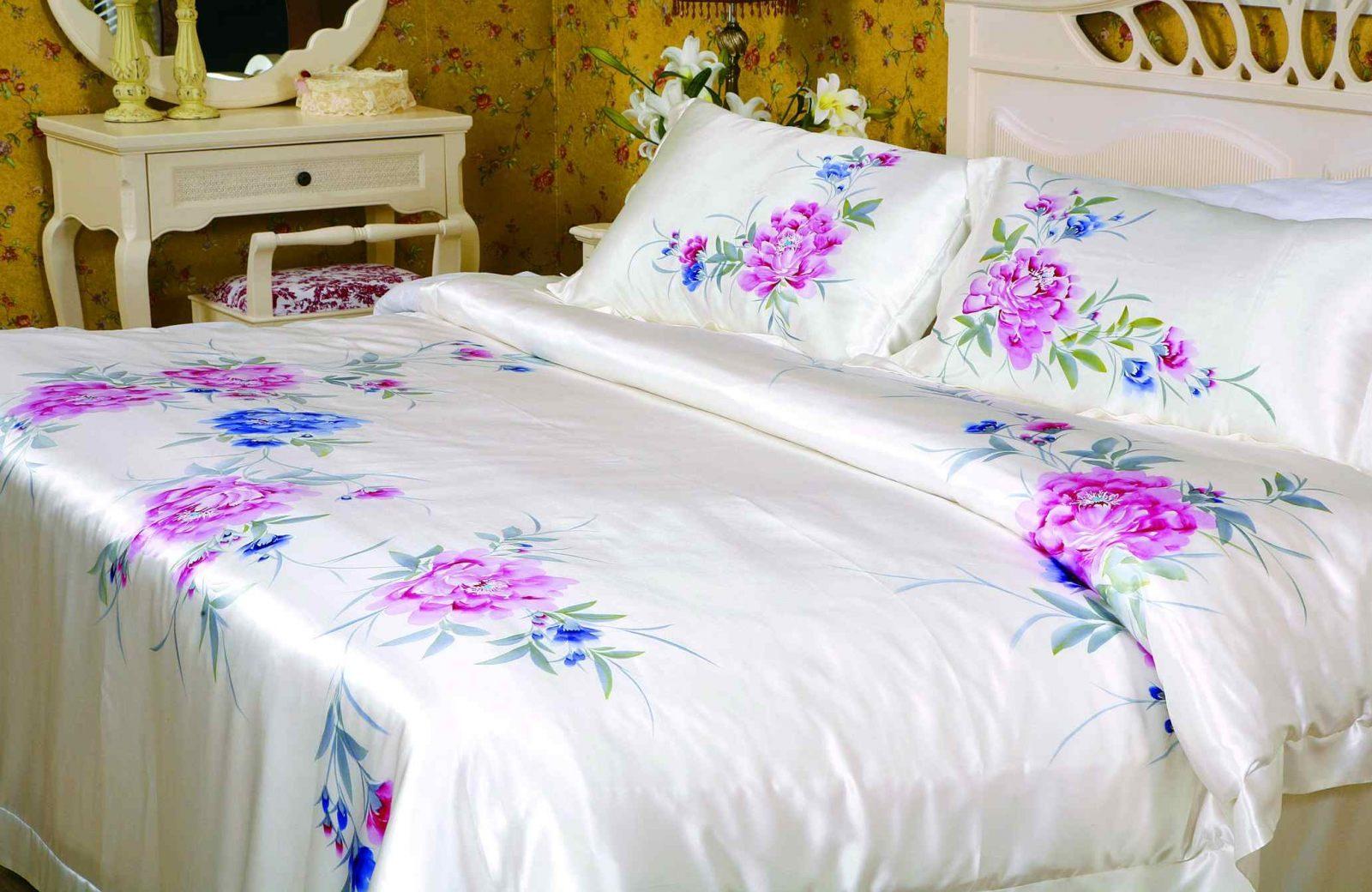Ropa de cama blanca y rosada im genes y fotos - Ropa de cama para hosteleria ...